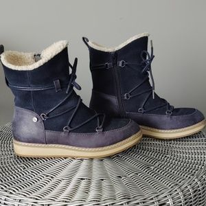 White Mountain Topaz Suede Winter Boots